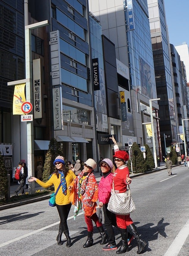 4 ladies posing for a happy shot in Ginza