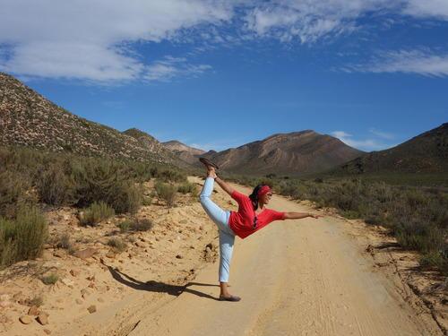'Dancer' Pose