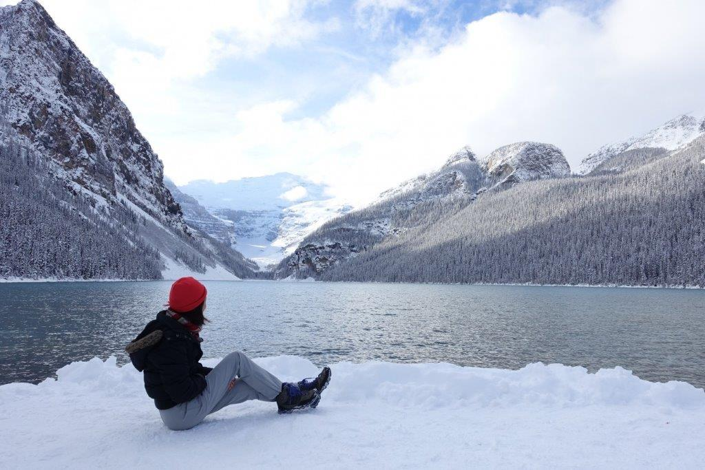 View of the lake louise as you circle around it on the trek