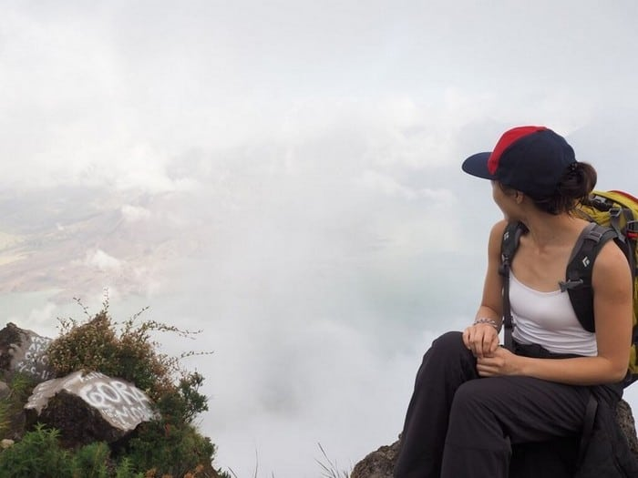 Travel Insurance & Safety Precaution for your adventure holiday | Foggy view of mount rinjani crater rim