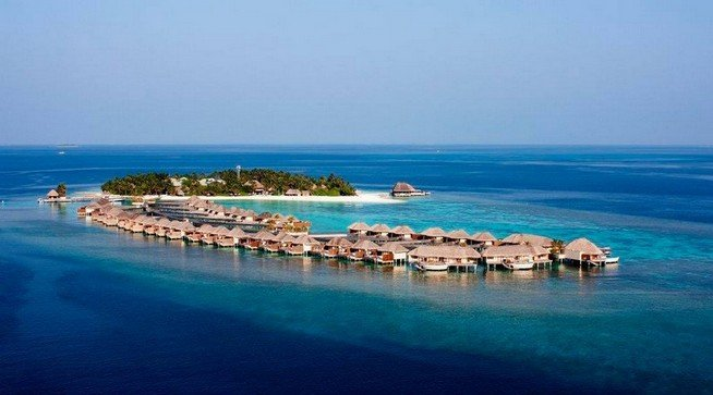 Overwater bungalows at W Maldives