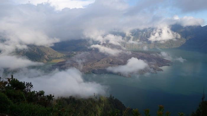 stunning view of mount rinjani indonesia from the crater rim
