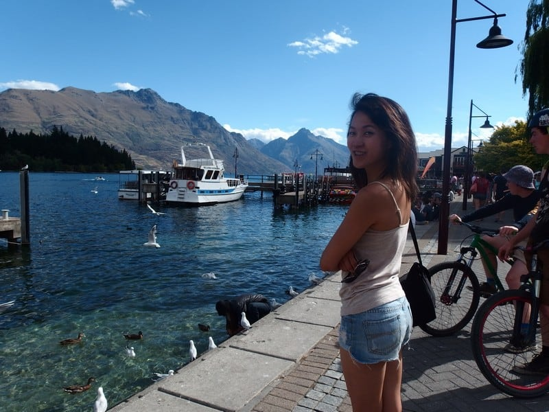 Travel destinations with the freshest air - Enjoy the breeze by the harbour even in the city of Queenstown, New Zealand