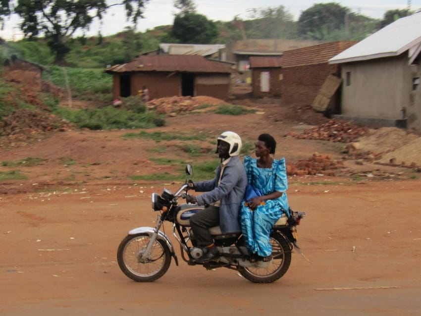 craziest things travelers have ever experienced - Man_and_woman_on_boda-boda