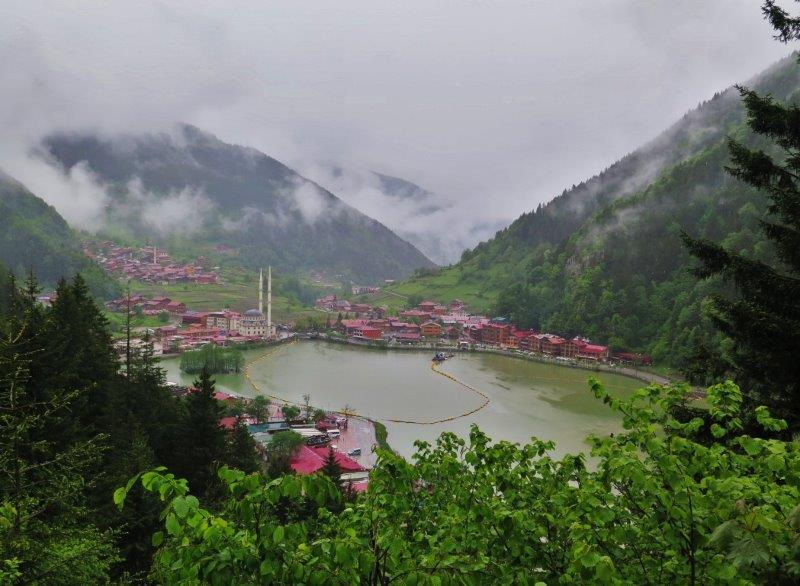 Uzungöl or 'Long Lake', the lakeside mosque and forested mountains that some call 'The Switzerland of Turkey'. So idyllic